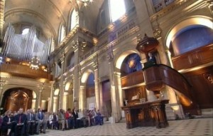 Culte dans l'Oratoire du Louvre